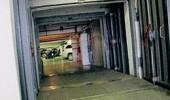 Бомбоубежища захватывают гастарбайтеры и мойщики авто